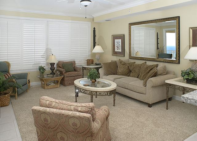 SPECIAL LIVING ROOM