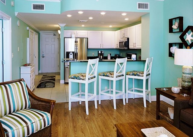 3RD FLOOR LUXURY BEACHFRONT FOR 4! OPEN 3/15-22! NOW 15%OFF! - Panama City Beach, Florida