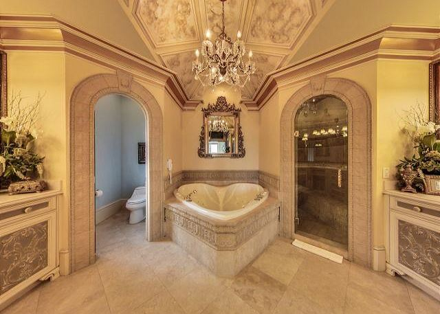 3RD FLOOR KING MASTER SUITE BATH WITH HEART SHAPED JETTED TUB