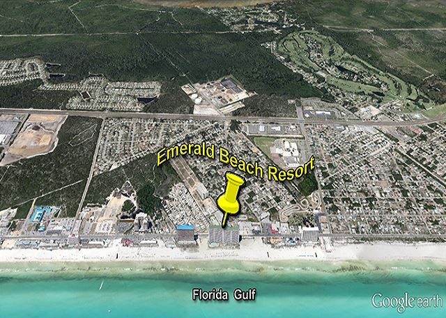 EMERALD BEACH - THE PERFECT BEACH SPOT