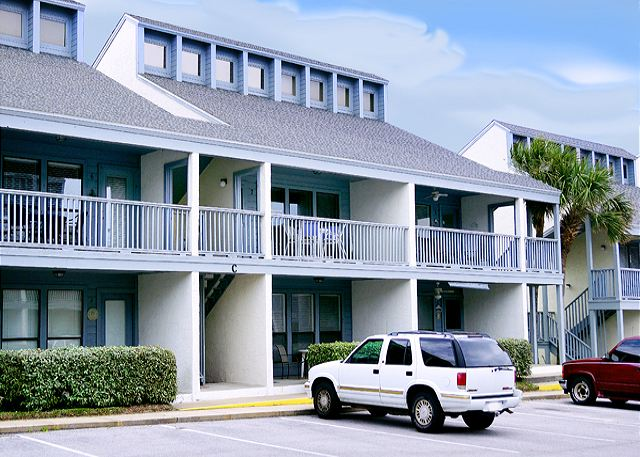 FAMILY FRIENDLY GREAT VIEW FOR 6! OPEN FOR SPRING BREAK! - Panama City Beach, Florida
