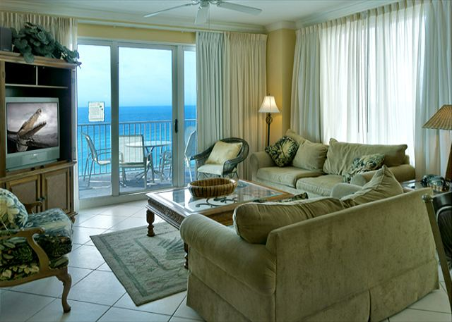 HUGE 4 BDRM BEACHFRONT CONDO FOR 10! OPEN 3/1-8! SPECIAL $1495 TOTAL! - Panama City Beach, Florida