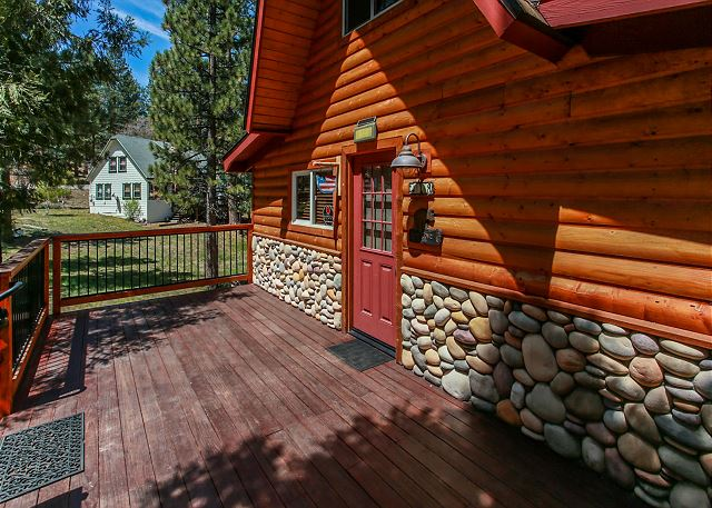 Side view of Entryway to the Cabin
