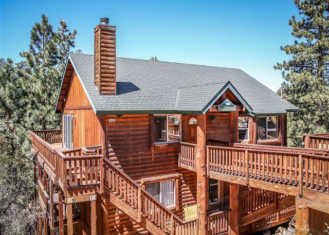 Gorgeous luxury retreat  with unbeatable views!