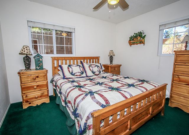 Bedroom 1 downstairs Queen