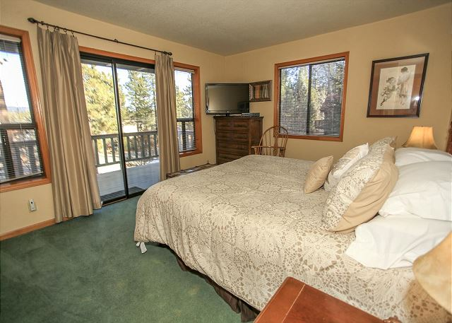 Bedroom 2 with Lake View and Deck