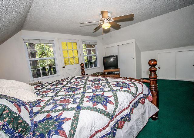 Bedroom 2 upstairs King