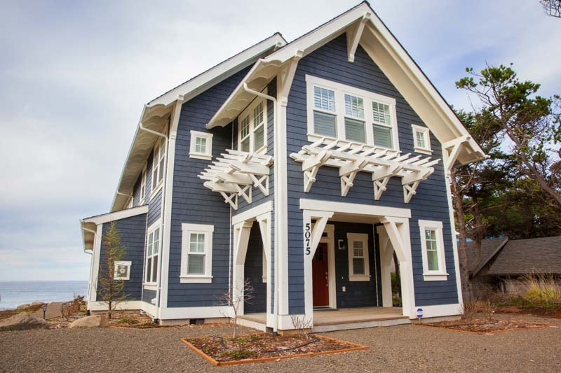 vacation rentals oregon surfers cabins arrival lincoln city s cabin view surfer coast rental