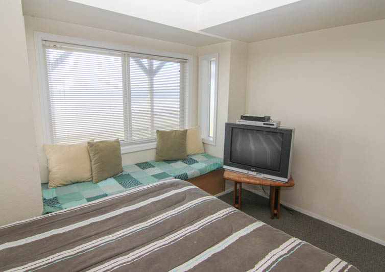 Lincoln City Vacation Rental Wave Watchers Oregon