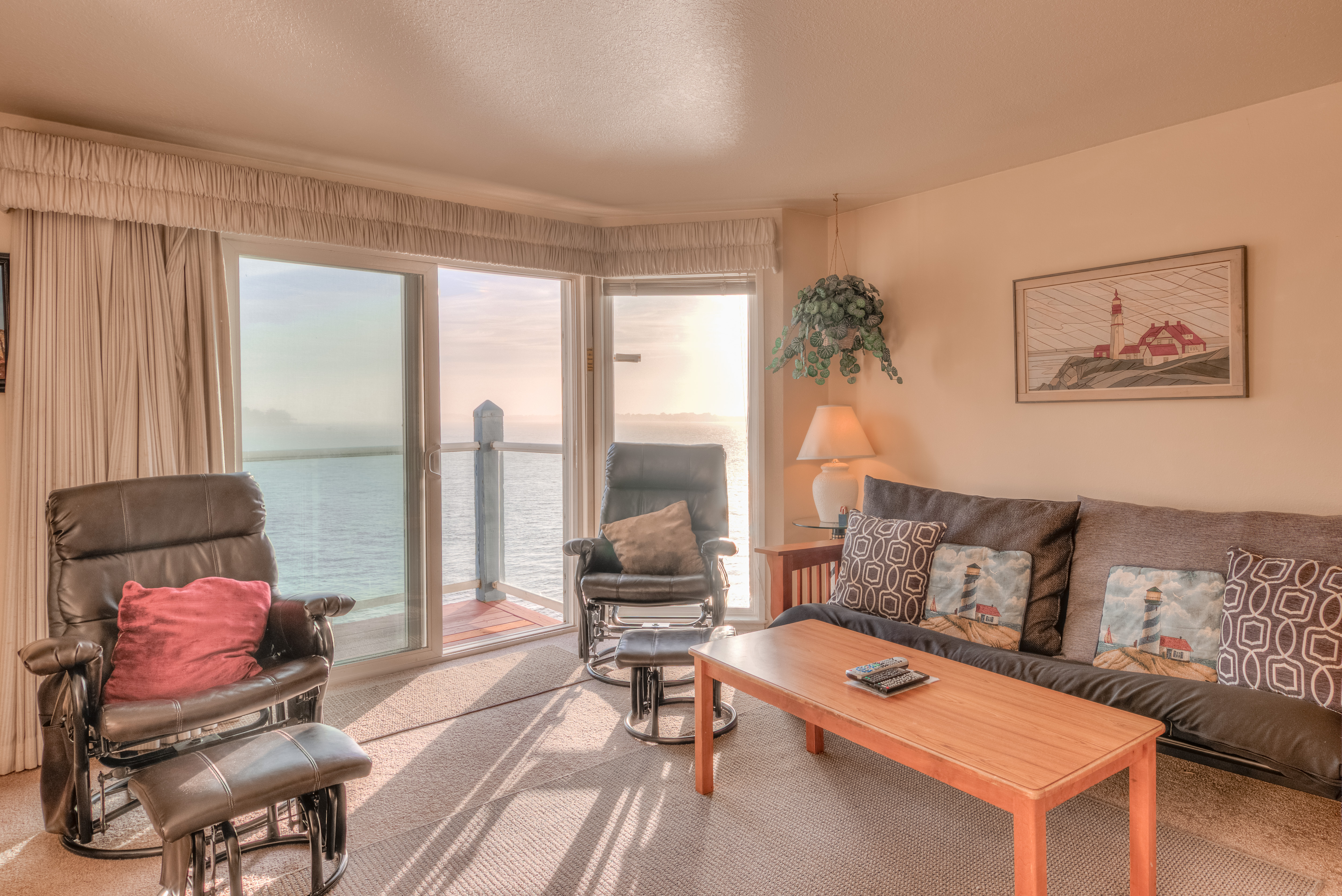 Lincoln City Vacation Rental Dock Of The Bay 305 Oregon