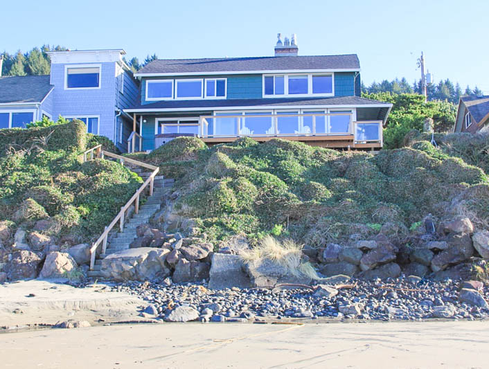 vacation all view lodge city beachcombers rentals nw and beachfront exterior lincoln loft