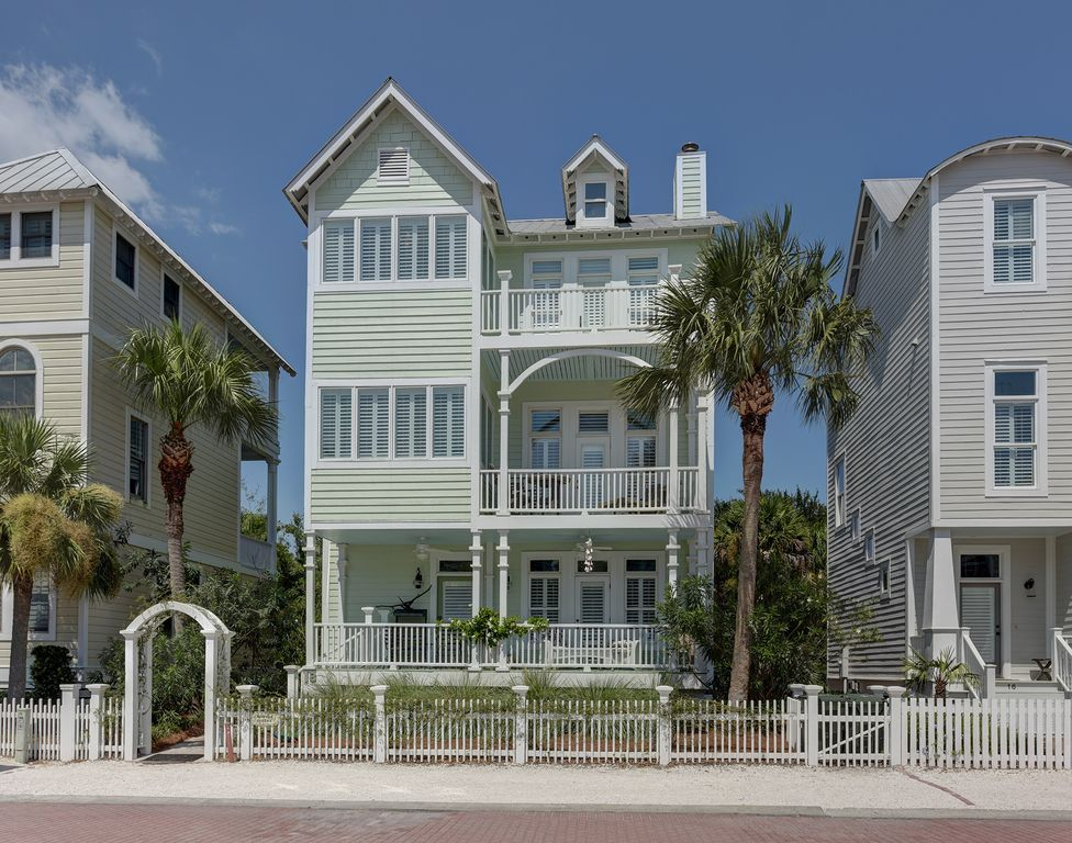 lovely rental cottages ocean cottage neo island simons example seagate is coast st classic front at a rare of rentals