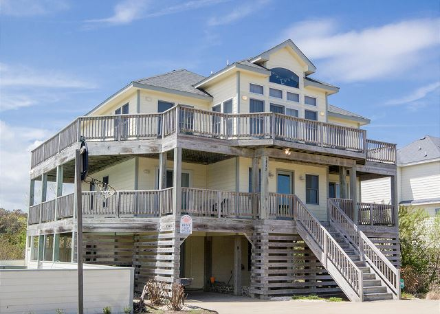 Brewer s Rest   5027. Outer Banks Rentals with Private Pools   Outer Banks Vacation Rentals