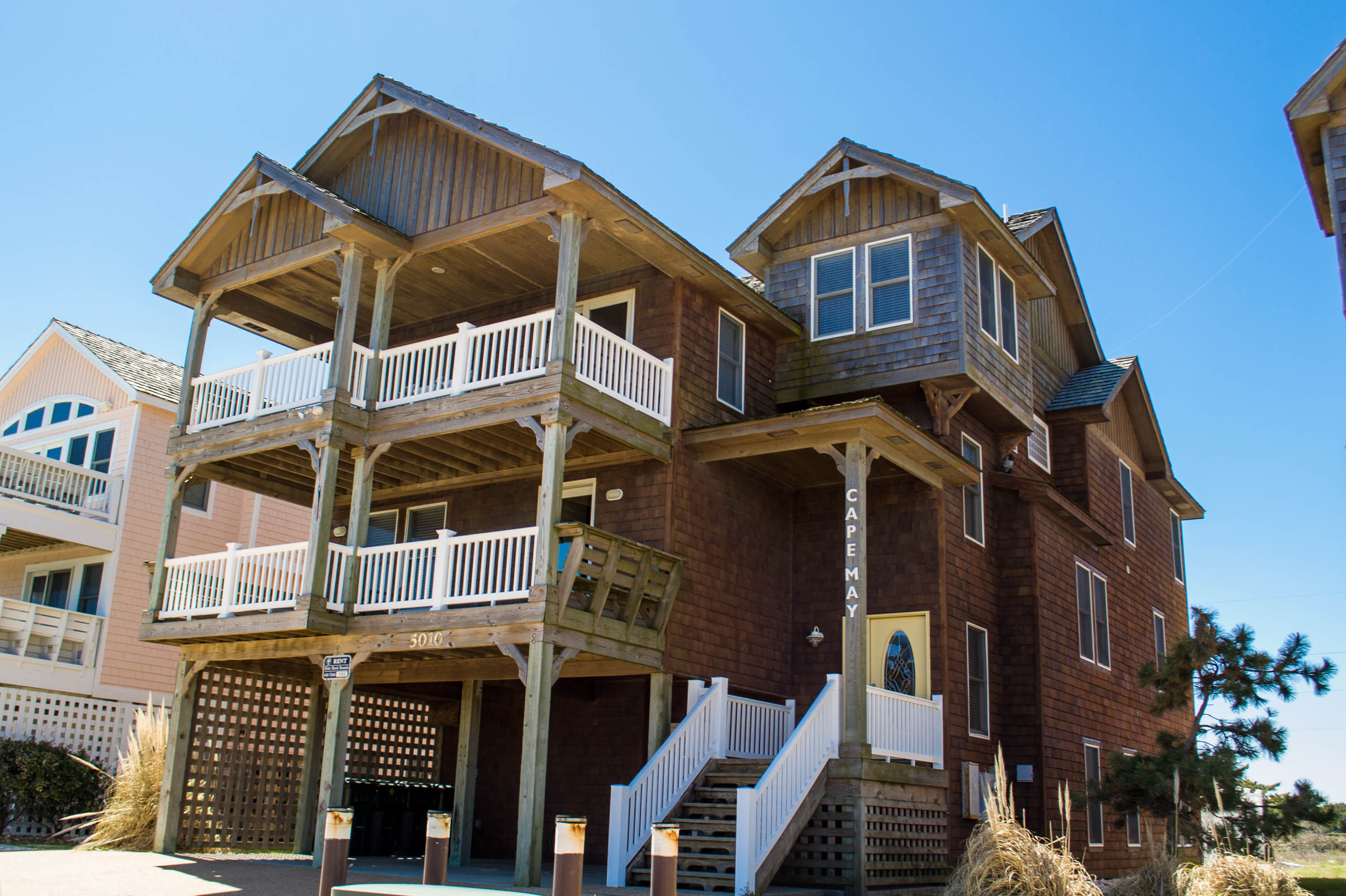 8 Bedrooms  7 Full and 2 Half Baths Outer banks vacation rental amenities. Outer Banks Beach House Rentals   Outer Banks Vacation Rentals