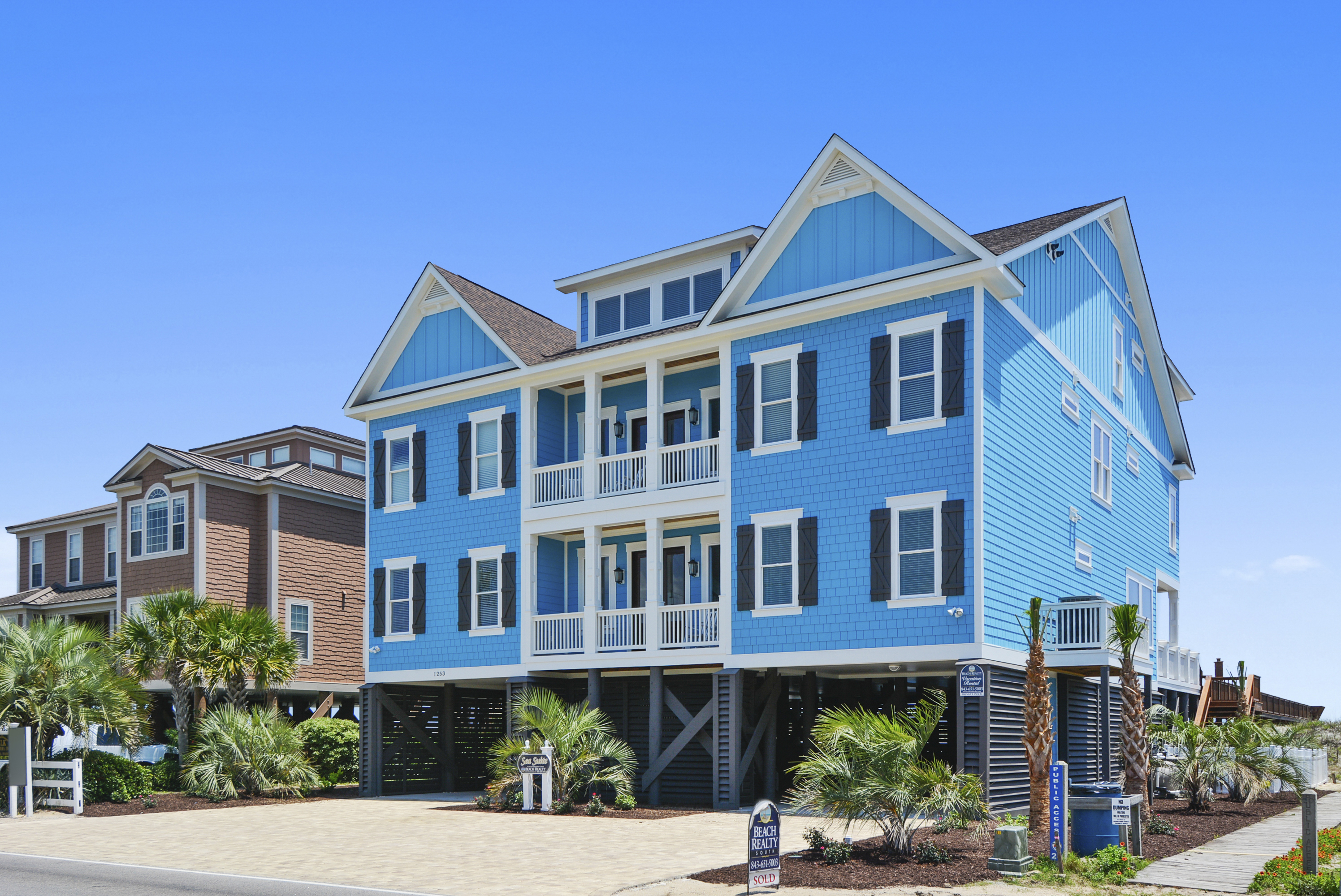 Sea Suite  S Waccamaw Dr Garden City SC  Beach Realty - House garden city