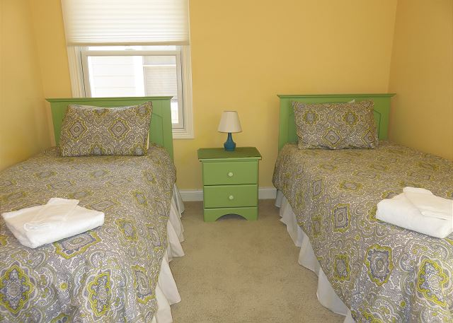2nd Level bedroom has 2 twins 2 twins