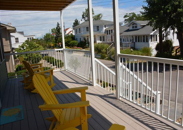 Main Level Front Porch