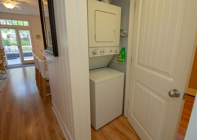Washer and dryer on main level