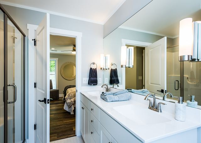 King Master suite bath.