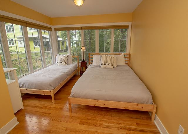 Second floor bedroom with Twin and full