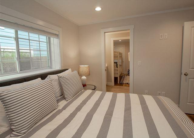 Queen Basement Bedroom with Jack n Jill Bath