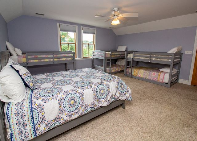 Third Floor Kids Escape, sleeps 10
