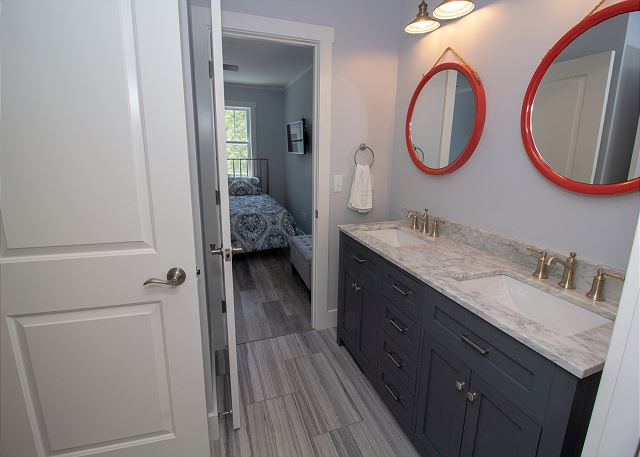 Second level full bathroom