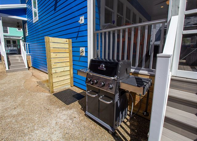 Gas grill and outside shower