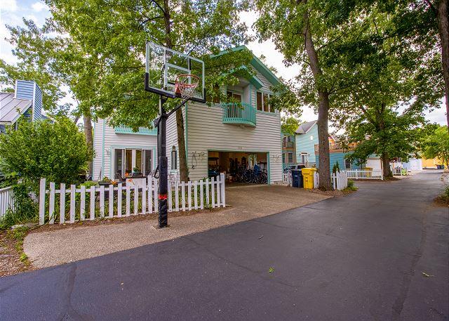 Basketball hoop off the backyard
