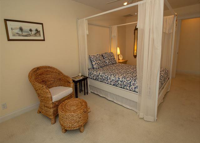 Bedroom #1 with Queen