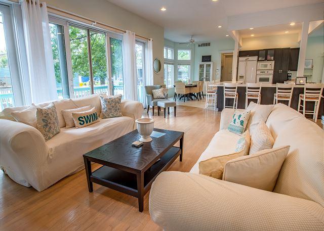 Main level sitting area
