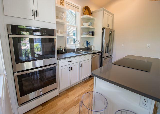 Second/Main level full kitchen