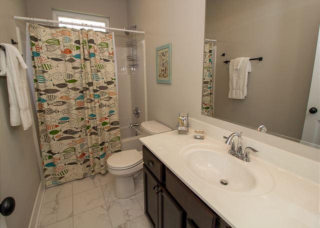 Full bathroom in bunk room