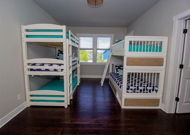 Second floor bunk room sleeps 5