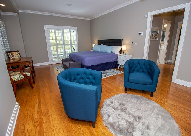 Main Level king master bedroom with attached