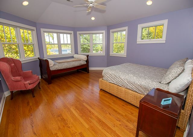 Second Level #2 bedroom with queen and twin beds