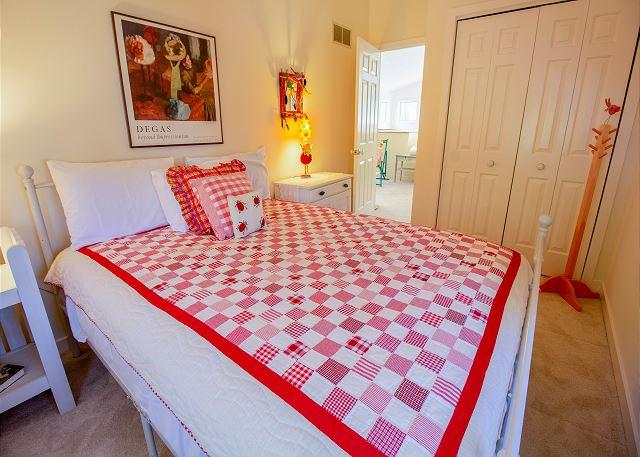 Second level queen bed