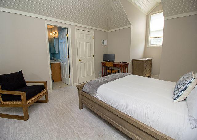 Second level loft queen master bedroom