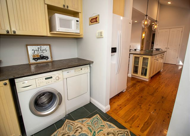 Main level laundry room off the kitchen
