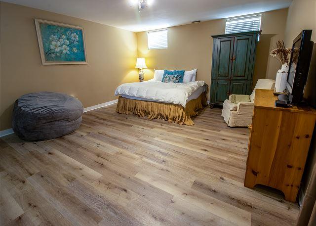 Basement Bedroom #1 - King bed