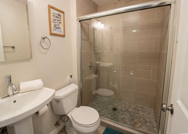 Guest house ground floor 3/4 hall bath