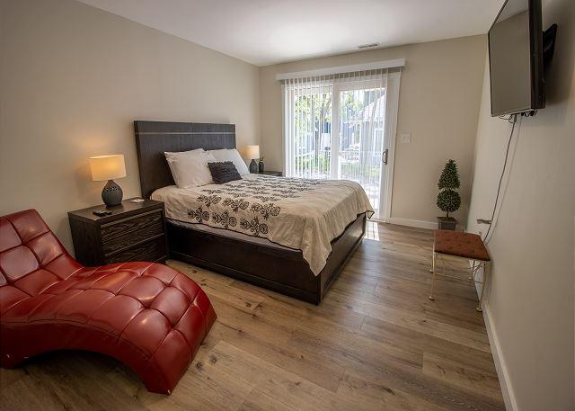 Guest house ground floor bedroom # 2 - Queen bed