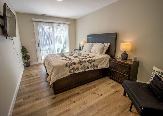 Guest house ground floor bedroom # 1 - Queen bed