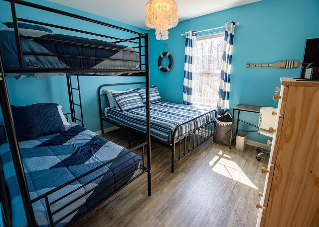 Bedroom #2 Twin bunkbed and Queen bed