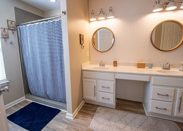 Attached 3/4 bathroom with double sink