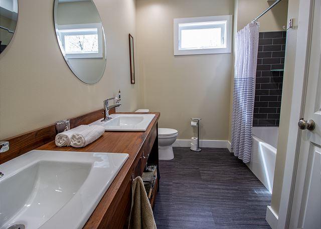 Main level hall full bathroom
