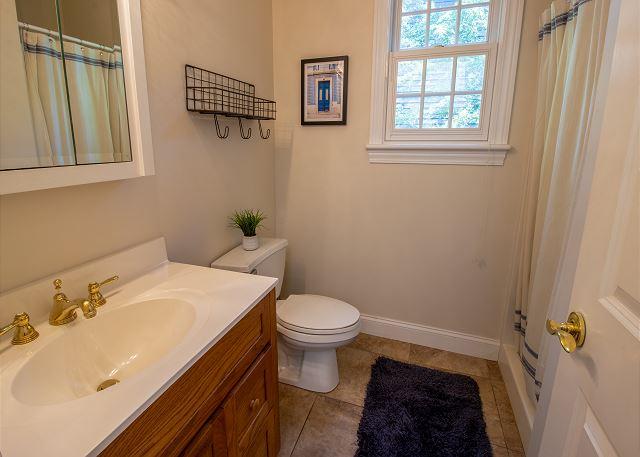 Main Level 3/4 Bathroom
