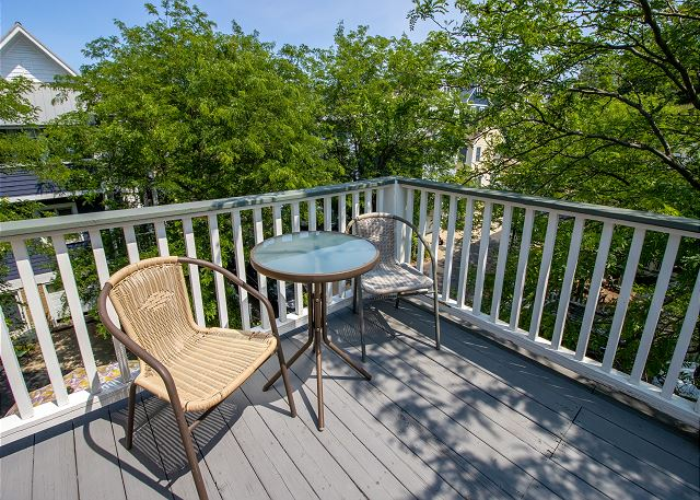 Third level private deck