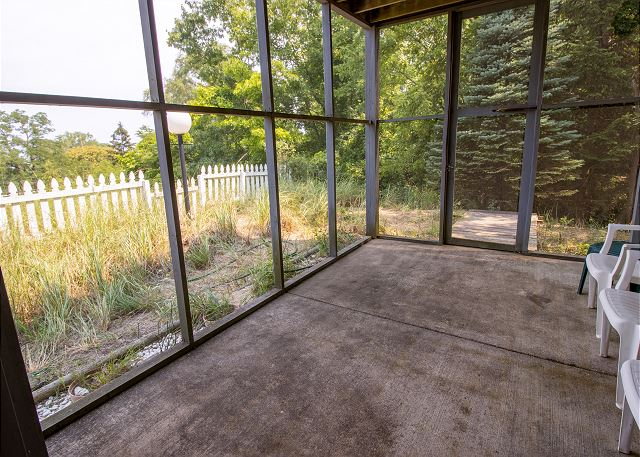 Ground level screened in porch