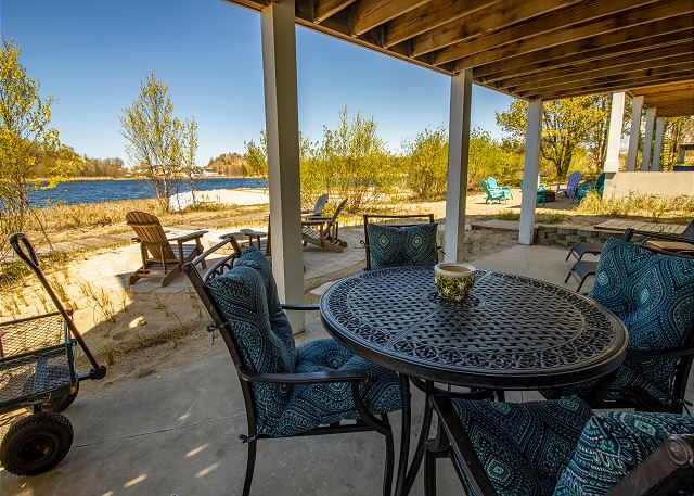 Basement Back Deck with Fire Pit with view of Lake Kai